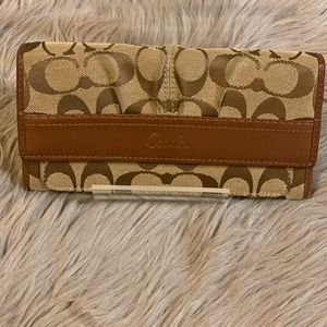 Coach satin slim signature wallet